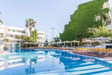 Globalhoppers - Last minute All inclusive Mallorca break with flights - Save 0%