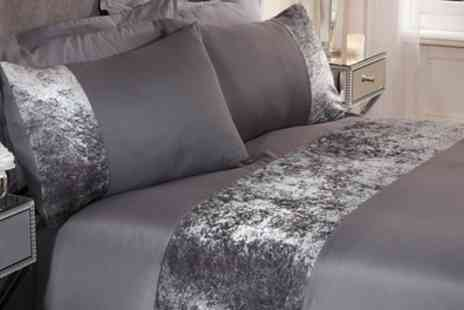 Groupon Goods Global GmbH - Double Decadent Crushed Velvet Stripe Duvet Cover Set - Save 0%