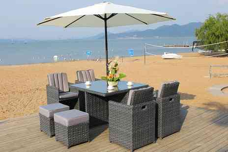 Dreams Outdoors - 8 Seater outdoor dining set - Save 58%