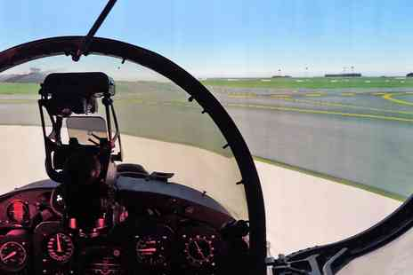 Top Gun Flight Simulator Centre - 30 minute fighter pilot simulation experience - Save 38%