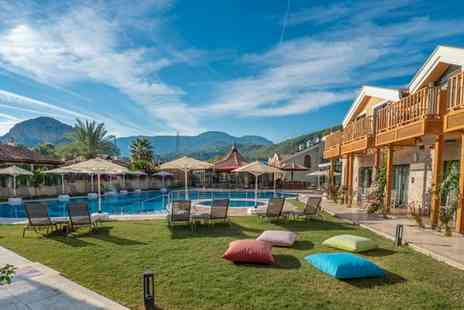 Dalyan Live Spa Hotel - Four Star Sun Soaked Boutique Resort with Traditional Spa Facilities for two - Save 11%