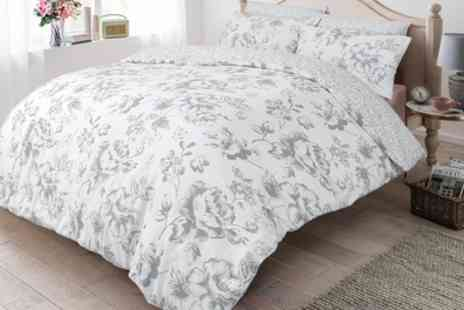 Groupon Goods Global GmbH - Pieridae Soft Touch Floral Duvet Set - Save 0%