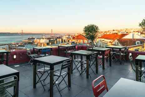 Shiadu Monte Belvedere - Four Star City Centre Boutique Hotel with Rooftop Terrace for two - Save 70%