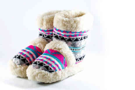 Deals Direct - Pair of sheepskin ankle boot slippers choose between UK sizes 5 To 7 - Save 0%