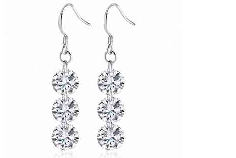 Your Ideal Gift - Pair of drop earrings made with crystals from Swarovski - Save 83%