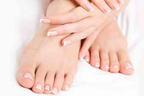 Yuu Beauty - Three Sessions of Nail Fungus Treatment - Save 86%