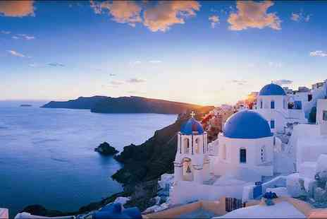 Santorini Dreams Villas - Comfortable Villas with Traditional Decor and Stunning Island Views - Save 54%