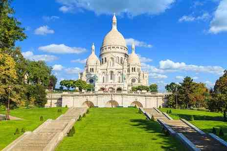 Timhotel Montmartre - Three Star Quaint Hotel Close to The Sacre Cœur for two - Save 67%