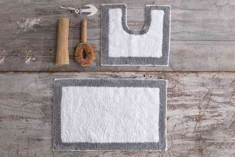 Groupon Goods Global GmbH - Two Piece Cotton Border Design Bath and Pedestal Mat Set - Save 0%