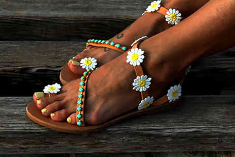 hey4beauty - Pair of summer floral flat sandals - Save 67%