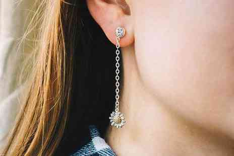 Philip Jones - Pair of daisy drop earrings made with crystals from Swarovski - Save 57%