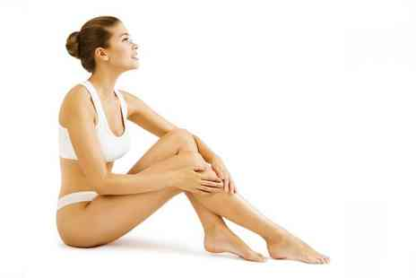 Smooth Clinic - Three sessions of laser hair removal treatment on an extra small area - Save 87%