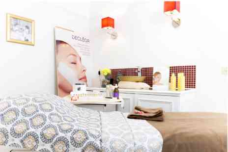 Virgin Experience Days - Champneys City Spa Beautiful Bump Massage - Save 0%