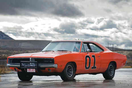 Car Chase Heroes - Three laps in the famous The Dukes of Hazzard General Lee Dodge Charger - Save 71%