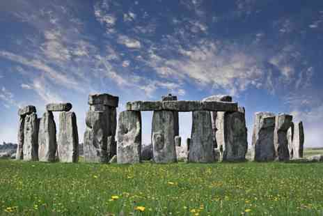 Golden Tours - Stonehenge and Bath tour with Golden Tours get exploring - Save 50%