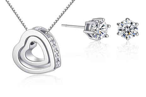 Your Ideal Gift - Solitaire earring and heart pendant necklace gift set - Save 87%