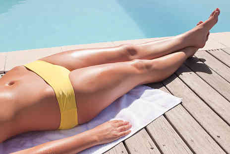 Naturalaser - Three sessions of IPL hair removal on a small, medium or large area - Save 76%