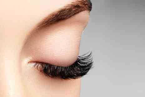 Lashes and Roses - Lash lift and tint or Keratin treatment - Save 47%