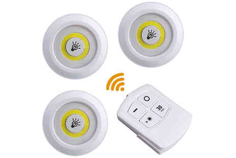 EClife Style - Three or SixWireless Led Night Lights with Remote Control - Save 70%