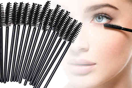 Forever Cosmetics - Pack of 30 disposable mascara wands - Save 0%