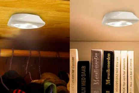 Good2items - Wireless Remote Control Light - Save 70%