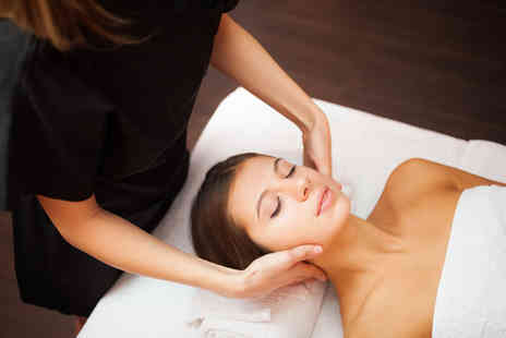 1118 IPL and Beauty Salon - Relaxing facial with a shoulder and arm massage or choice of three anti aging facial options and mask including a shoulder and arm massage - Save 55%