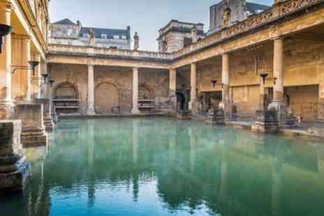 Golden Tours - Bath and Stonehenge with 2 Course Lunch Small Group Tour - Save 0%