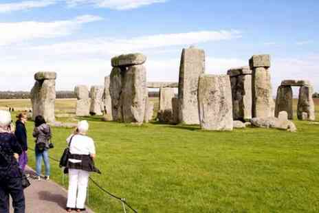 my dream destinations - Stonehenge Bath and Winchester Cathedral 9 Hours Private Tour for 5 To 8 travellers - Save 0%