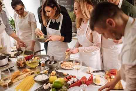 Italian Cookery Courses - Italian Cookery Course including luxury accommodation - Save 0%