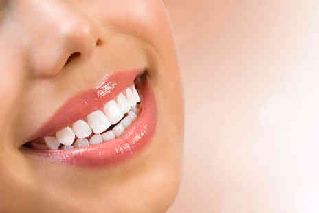 The Aesthetic Line - Session of laser teeth whitening - Save 44%