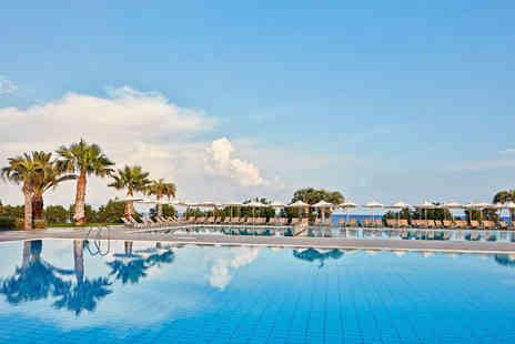 Super Escapes Travel - Seven nights luxury all inclusive Kos getaway with return flights - Save 28%