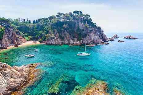 Bargain Late Holidays - Three nights all inclusive Costa Brava holiday with return flights - Save 37%