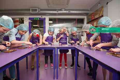 The Cocoabean Company - Interactive childrens chocolate workshop including lunch, three take home chocolatey goodies, a Cocoabean hair net and apron - Save 34%