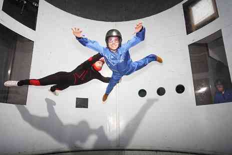 Twinwoods Adventure - Indoor skydiving experience with a Usb video for one person - Save 50%