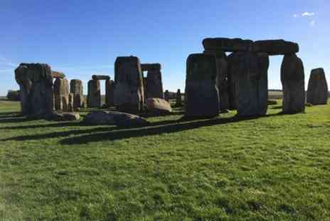 Viplondontour - Stonehenge private visit - Save 0%