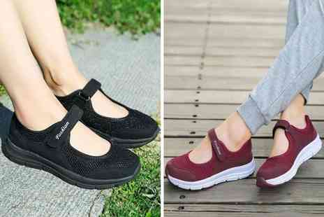 PinkPree - Pair of womens breathable sports trainers - Save 70%