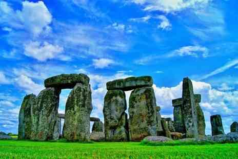 my dream destinations - Stonehenge To Bath and Winchester Cathedral 9 Hours Private Tour up to 5 travellers - Save 0%