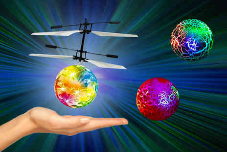 Litnfleek - An electric infrared flying ball choose from three colours - Save 73%
