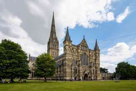 T & T Southampton - Salisbury and Magna Carta Tour - Save 0%