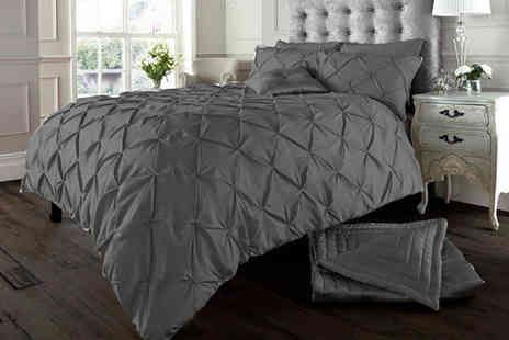 Imperial Beddings - Single Eliza pin tuck duvet cover set - Save 58%