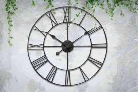 Direct2Public - 40cm diameter Roman numeral clock - Save 70%