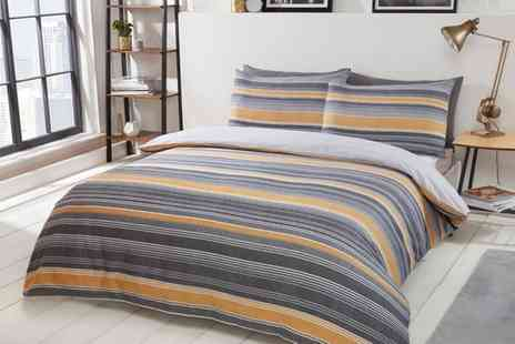 Groupon Goods Global GmbH - Pieridae Chambray Stripe Reversible Duvet Set - Save 0%