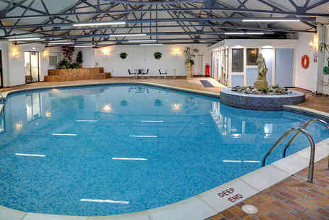 Best Western Royal Clifton Hotel - Overnight Southport stay for two people with breakfast, two course dining and spa access - Save 59%