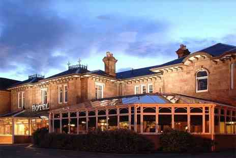 Bothwell Bridge Hotel - Overnight stay for two people with two course dining, a bottle of wine on arrival and late checkout - Save 57%