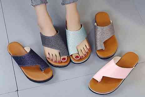 WowWhatWho - Pair of bunion support platform slipper sandals choose from eight colours - Save 70%