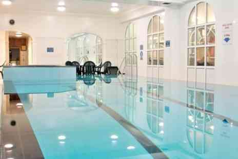 Britannia Saches Hotel - One Night for Two with Breakfast, Leisure Access and Option for Dinner - Save 30%