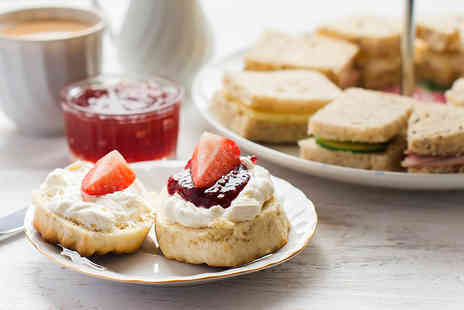 Holiday Inn - Afternoon tea for two people glass of Prosecco each - Save 50%