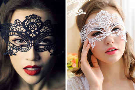 BluFish - Halloween party eye mask choose from nine designs - Save 85%