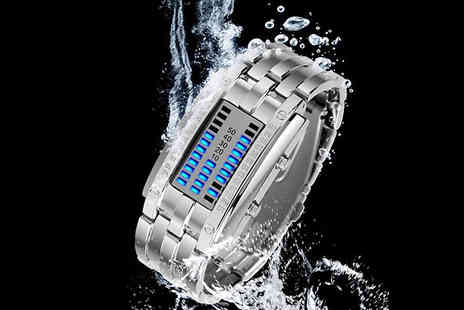 EClife Style - Mens Stainless Steel Led Watch Choose from 2 Colours & 2 Sizes - Save 60%