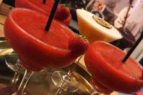 Carters Lounge - Choice of Three or Six Cocktails or Martinis - Save 38%